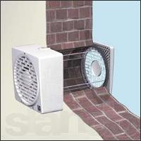 вытяжной вентилятор в стене
